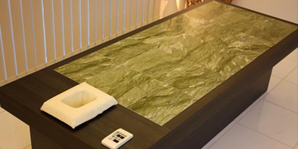 エステベッド施術台岩盤浴緑翠石